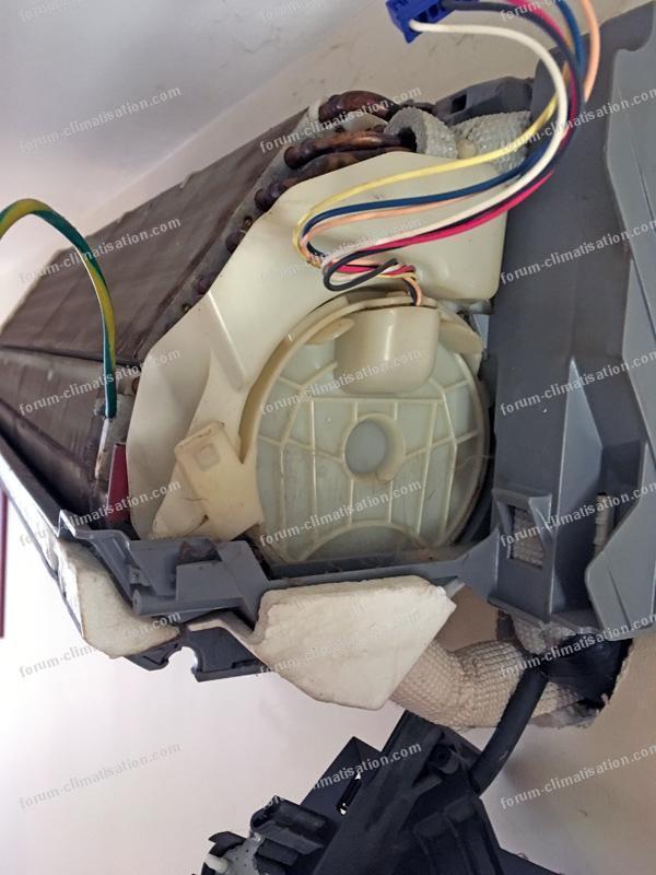 démontage split clim Daikin ATX35