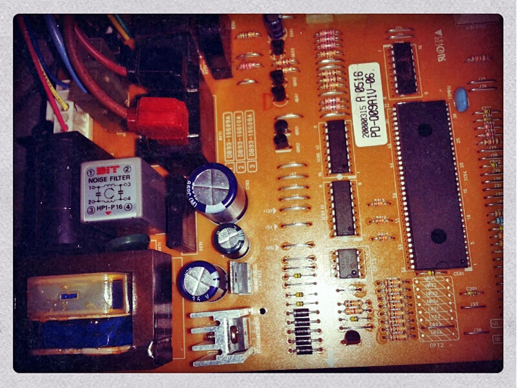 carte électronique climatiseur 01
