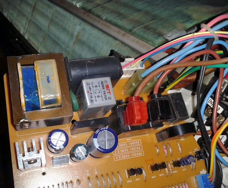 carte électronique climatiseur 03