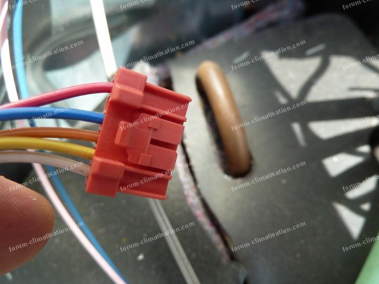 connecteur climatiseur Mitsubishi