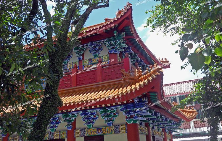 île de Lantau monastère de Po Lin