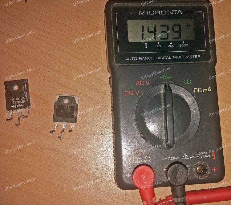 multimètre en position pour tester les diodes