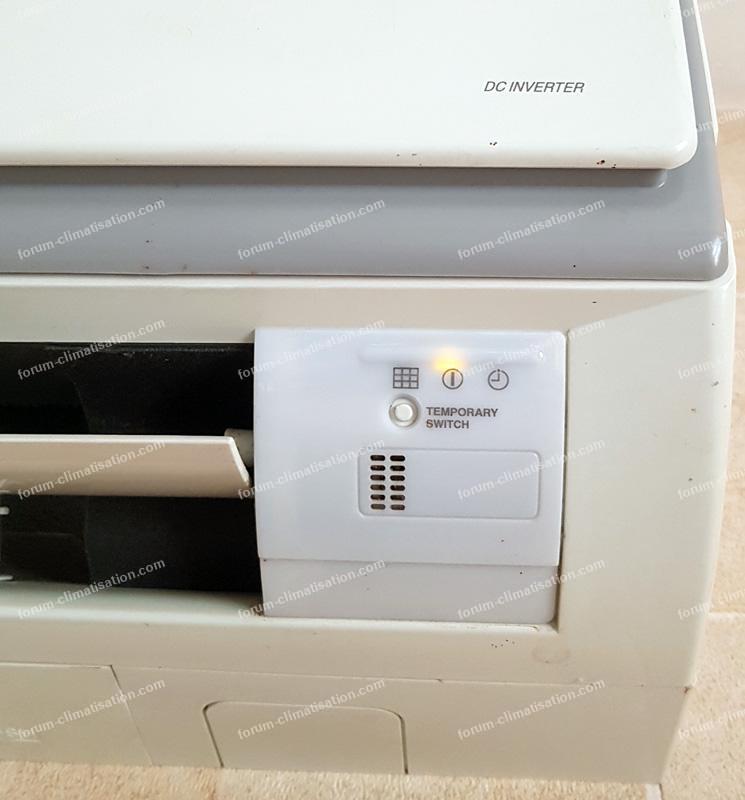 voyant tempoary climatiseur Hitachi
